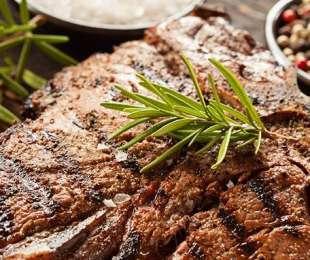 Bistecche alla griglia Marinate